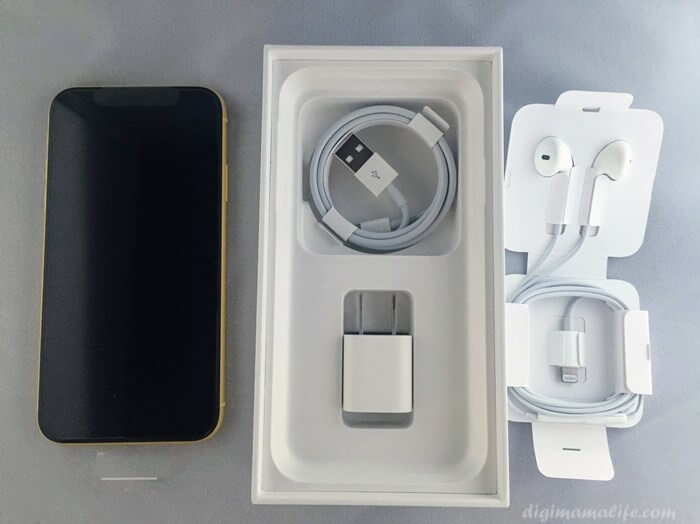 iPhoneXRと付属品セット